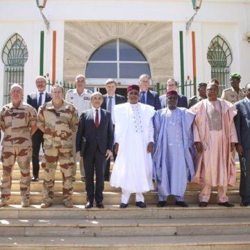 Sommet de Pau : le président nigérien préside à Niamey la première réunion du Comité de suivi
