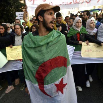 Algérie: le jour du début de la contestation décrété «Journée nationale»