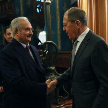 Libye: si les pourparlers échouent, Haftar s'opposera à «l'envahisseur turc»