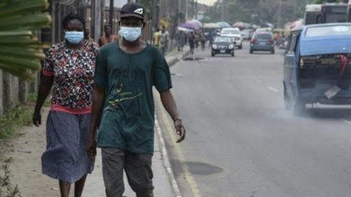 Port obligatoire du masque en Afrique
