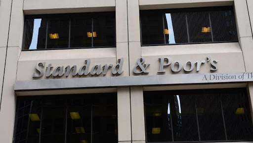 Après Fitch et Moody's, Standard & Poor's