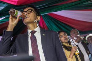 Guérisseurs et charlatans africains : le président malgache
