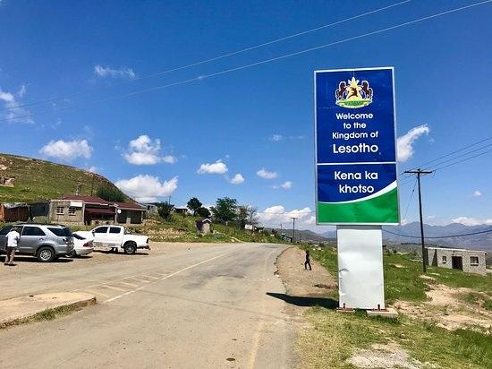Le Lesotho sedéconfine